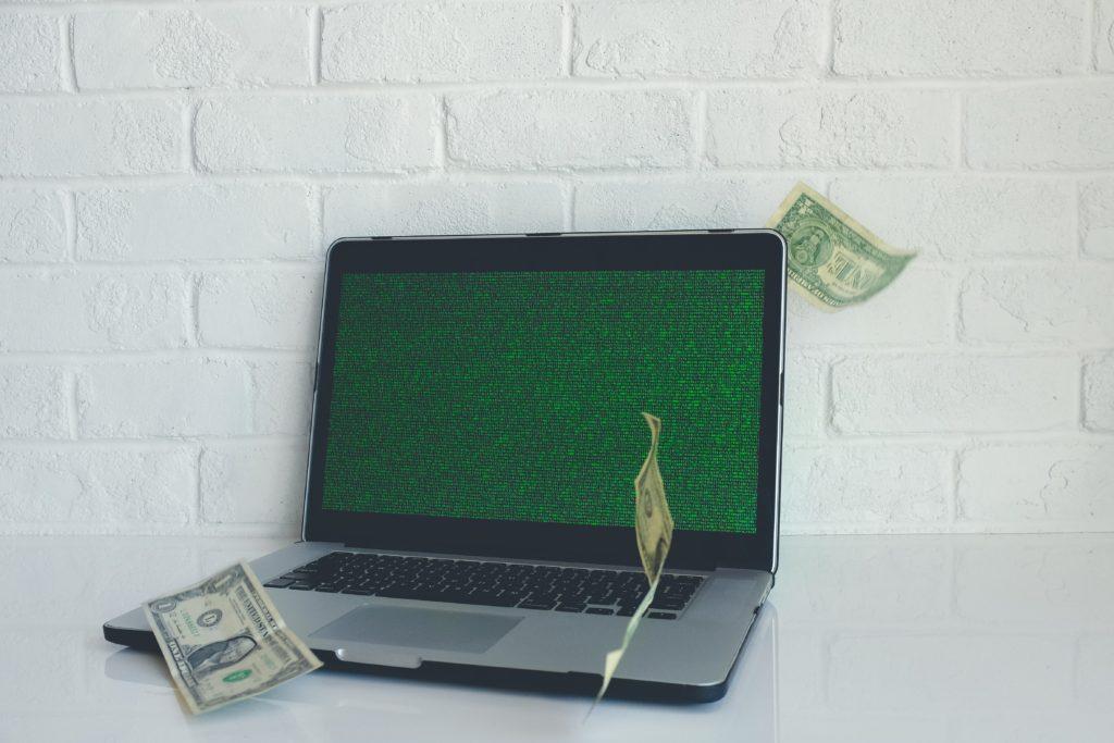 中学生が金を稼ぐ方法はブログ運営