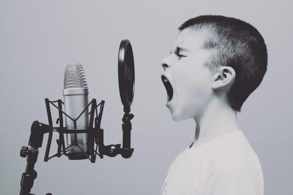 ワンオクの曲で効率的に英語の勉強する方法